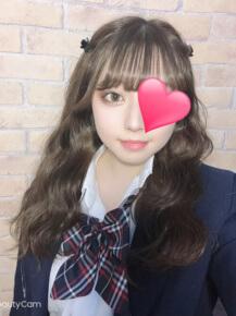 アイドル系美白少女☆『 ひなたちゃん (19才) 』本日登校です☆|JKプレイ